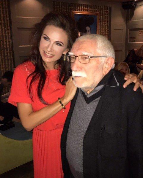 Эвелина Бледанс заявила, что никогда не смогла бы жить с Арменом Джигарханяном