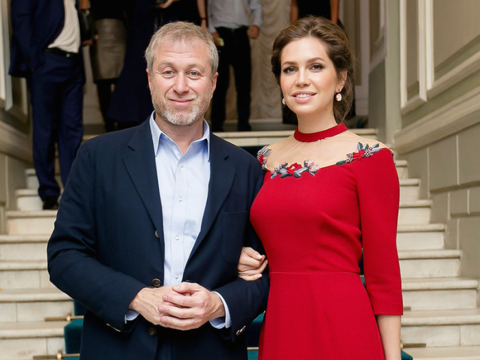 Роман Абрамович и Дарья Жукова. / Фото: www.woman.ru
