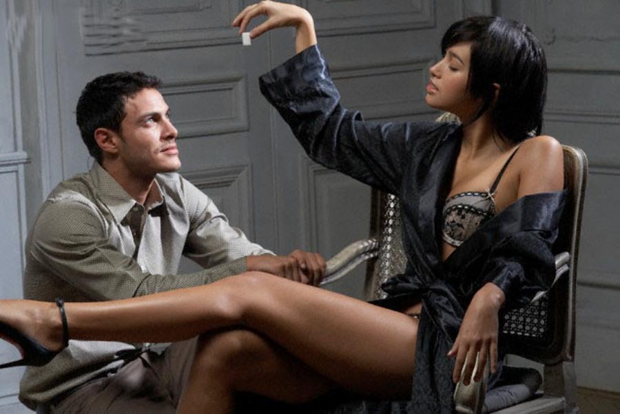 время властные женщины домогаются парней всю свою