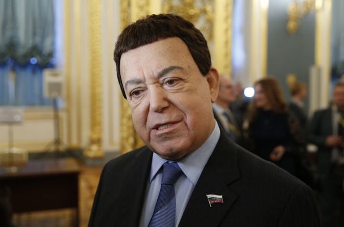 https://obaldela.ru/wp-content/uploads/2018/08/kobzon.jpeg
