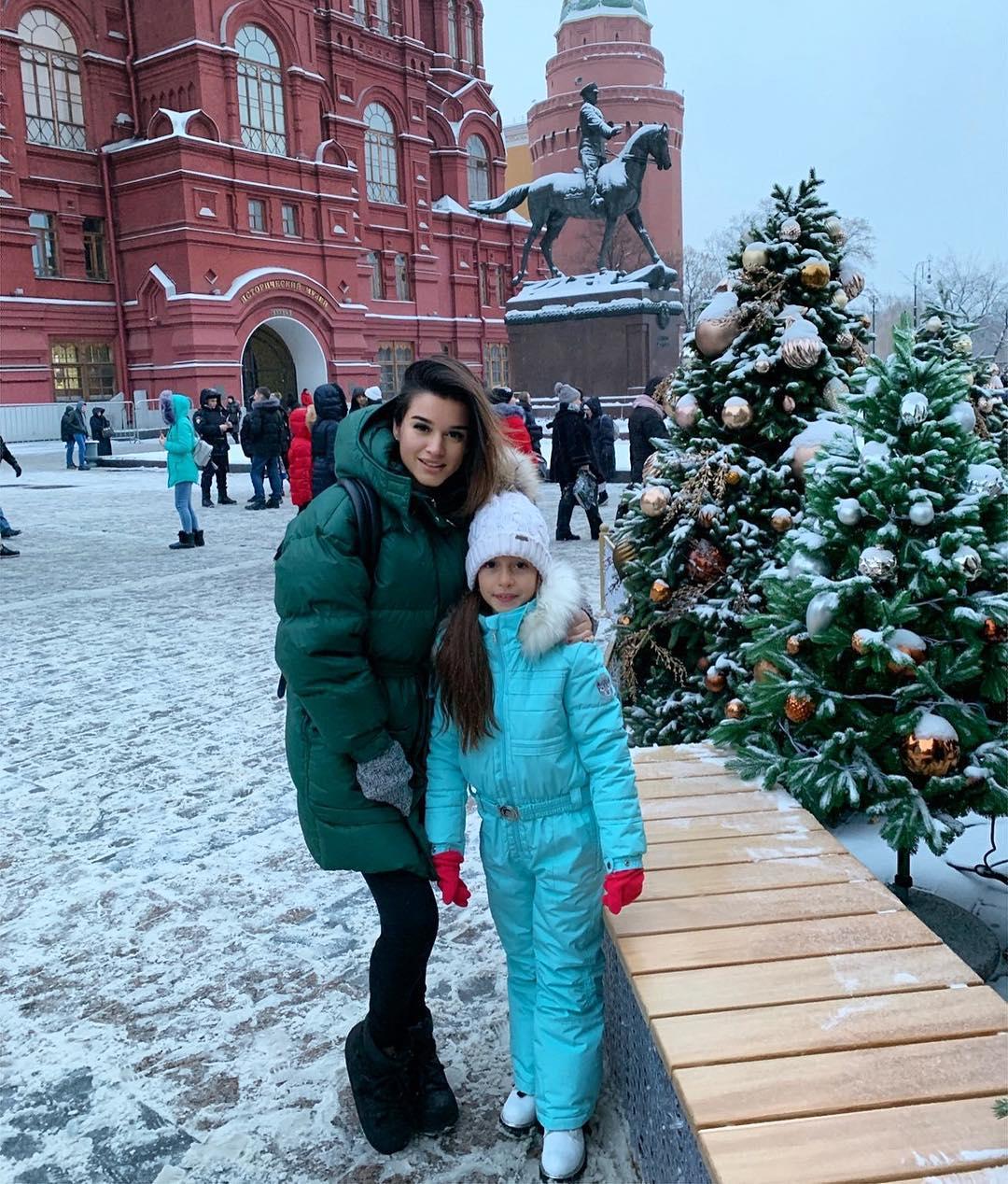 https://obaldela.ru/wp-content/uploads/2018/12/46417161_1652750671536868_1842775736934913588_n-1.jpg